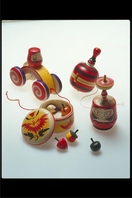 05 鳴子木地玩具